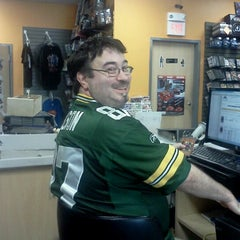 Photo taken at Game Hounds Video Games & Gifts by Jen S. on 8/21/2012