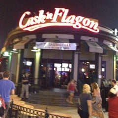 Photo taken at Cask 'n Flagon by Nadine B. on 8/4/2012