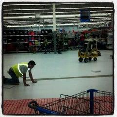 Photo taken at Walmart Supercenter by JAck L. on 5/10/2012