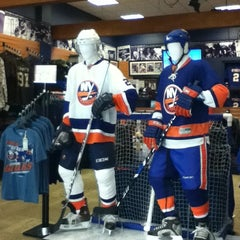 Photo taken at New York Islanders Team Store by AKiKO on 3/5/2011