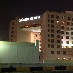 Photo taken at Le Méridien Jeddah by Jhee J. on 5/25/2012
