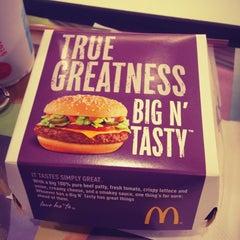 Photo taken at McDonald's by Randy E. on 6/12/2012