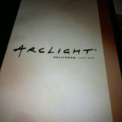 Photo taken at ArcLight Hollywood Cafe & Bar by Bear on 8/6/2011