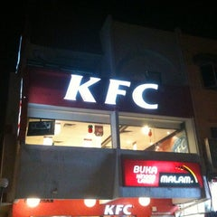 Photo taken at KFC by Rarity on 1/31/2011