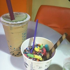 Photo taken at Fruity Yogurt by Jessica L. on 8/8/2012