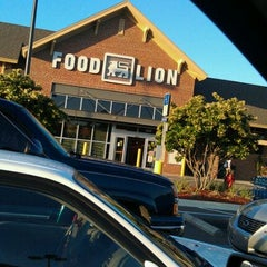 Photo taken at Food Lion by Amanda D. on 4/12/2011