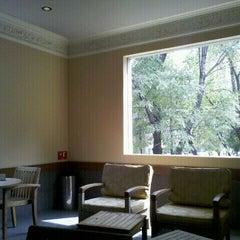 Photo taken at Starbucks by Juan Carlos M. on 10/8/2011