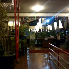 Photo taken at Telaga Seafood Restaurant by Alponso P. on 7/28/2012