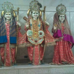 Photo taken at Sri hanuman temple by Himanshu S. on 2/7/2012