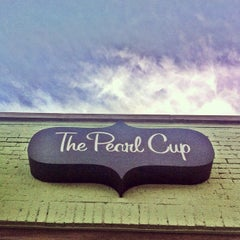 Photo taken at The Pearl Cup by Rondo E. on 5/9/2012