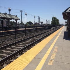 Photo taken at San Carlos Caltrain Station by Lisa H. on 7/30/2012