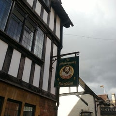 Photo taken at Stratford-upon-Avon by Héctor B. on 8/30/2012
