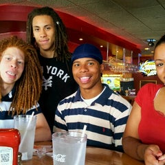 Photo taken at Applebee's by Fly Lady Dii on 7/6/2012