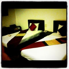 Photo taken at Royal Panerai Hotel by Aum n. on 5/9/2011