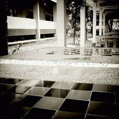 Photo taken at Department of Electrical Engineering, Chiang Mai University by Saran T. on 3/31/2011