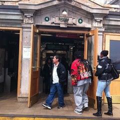 Photo taken at MTA Subway - Bowling Green (4/5) by Pedro T. on 4/20/2011