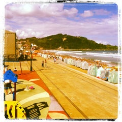 Photo taken at Playa de Zarautz by maria on 9/8/2012