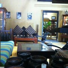 Photo taken at Pedlars Inn Cafe by Holly on 4/19/2012