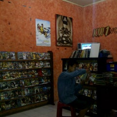 Photo taken at KW1 VCD n DVD rental by Beny T. on 3/10/2012