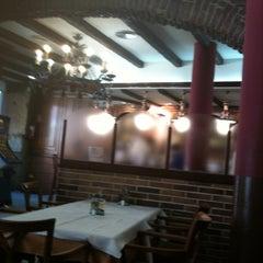 Photo taken at La Camocha by Luis O. on 7/13/2011