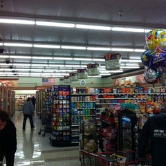 Photo taken at Stater Bros. Markets by Jon W. on 1/11/2011