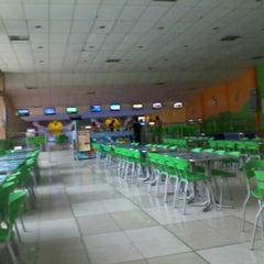 Photo taken at Via Bowling by Marlla A. on 1/23/2012