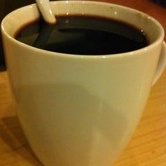 Photo taken at Downtown Coffee & Tea by Latte W. on 5/12/2011