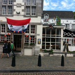 Photo taken at La Bonne Femme by Tomas M. on 6/9/2012