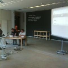 Das Foto wurde bei Lehmbruck Museum von Werner P. am 5/24/2012 aufgenommen