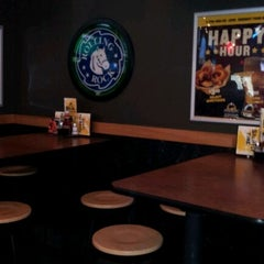 Photo taken at Buffalo Wild Wings by Kevin on 1/14/2012