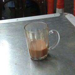 Photo taken at Restoran Selera Ampang by Neverthar W. on 7/9/2012