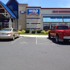 Photo taken at IHOP by Joey C. on 6/9/2012