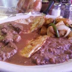 Photo taken at Las Carretas by Silvia A. on 4/7/2012