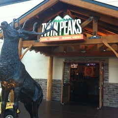 Photo taken at Twin Peaks Restaurant by Keith H. on 4/8/2012