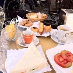 Photo taken at La Bottega del Caffé by alisa k. on 4/3/2012