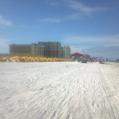 Photo taken at Clearwater Beach by Cindy G. on 8/5/2012