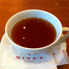 Photo taken at The NINA'S Paris 神保町店 by Natsumi on 5/2/2012