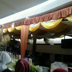 Photo taken at Kantor Pusat Penelitian Kelapa Sawit (PPKS/RISPA) by irvan c. on 9/12/2011