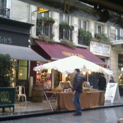 Photo taken at Au Rocher de Cancale by Colin T. on 2/12/2011