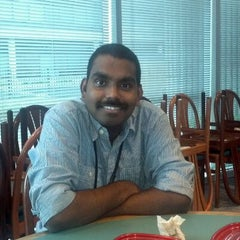 Photo taken at Wendy's by Rajesh S. on 2/22/2012