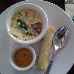 Photo taken at Tara Thai by Shashi B. on 8/29/2011