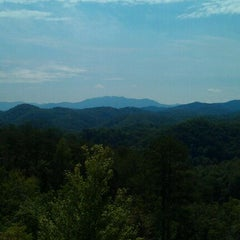 Photo taken at Bluff Mountain by Cabin Fever Vacations .. on 8/24/2011