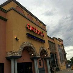 Photo taken at Cinzzetti's Italian Market Restaurant by Jason W. on 6/4/2012