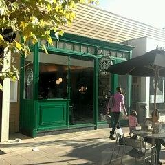 Photo taken at Starbucks by Anthony N. on 11/7/2011