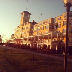 Photo taken at Mountain View Grand Resort & Spa by Tony B. on 11/6/2011