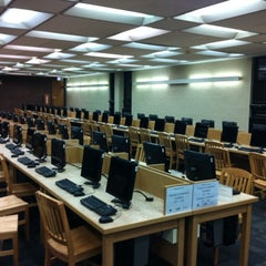 Photo taken at Chicago Public Library by Robert D. on 5/11/2011