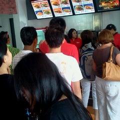 Photo taken at Burger King by Fazrul S. on 1/3/2012