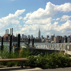 Photo taken at East River Ferry - North Williamsburg Terminal by La on 7/31/2011