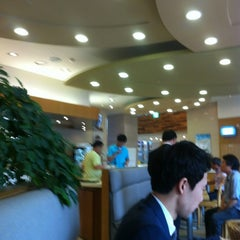Photo taken at 카페안젤로 (Caffe Angelo) by D T. on 7/11/2012