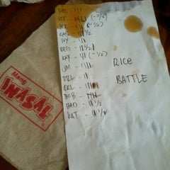 Photo taken at Mang Inasal by Khristine Ivy A. on 9/11/2012